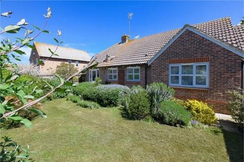 3 bedroom detached bungalow for sale - Fairfax Drive, Bishopstone, Herne Bay, Kent