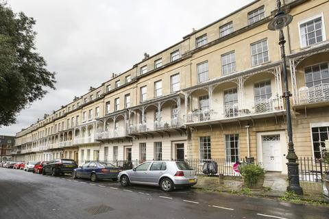2 bedroom flat to rent - West Mall Clifton, Bristol, BS8