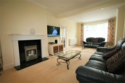 3 bedroom semi-detached house to rent - Druslyn Road, West Cross, SWANSEA