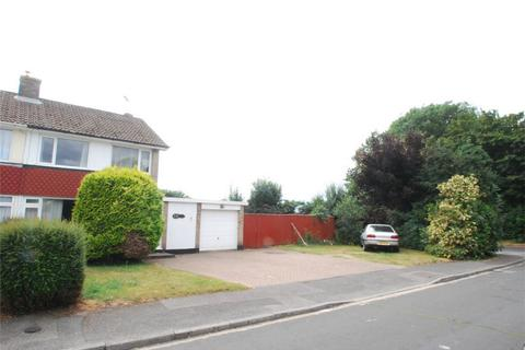 3 bedroom property with land for sale - Lenham