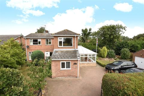 4 bedroom detached house for sale - Lincoln Road, Bassingham, LN5