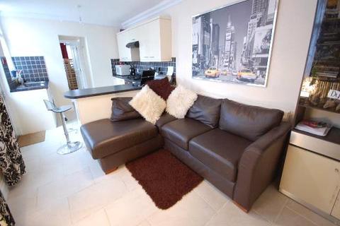 2 bedroom apartment to rent - Bangor Street, Roath, Cardiff, CF24