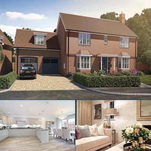 4 bedroom detached house for sale - Oak Tree Close, Farnham Road, Odiham, Hampshire