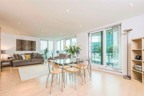 2 bedroom apartment for sale - Bridge House, St George Wharf, Vauxhall