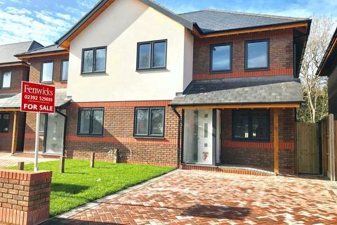 4 bedroom semi-detached house for sale - Gosport, Hampshire