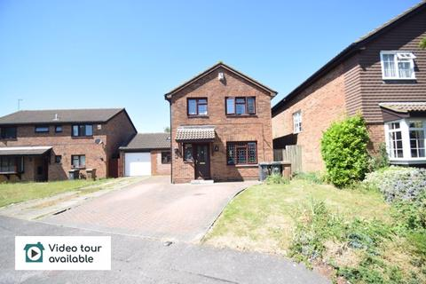 4 bedroom detached house to rent - Markfield Close, Luton