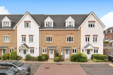 3 bedroom townhouse for sale - Sherwood Avenue, Larkfield