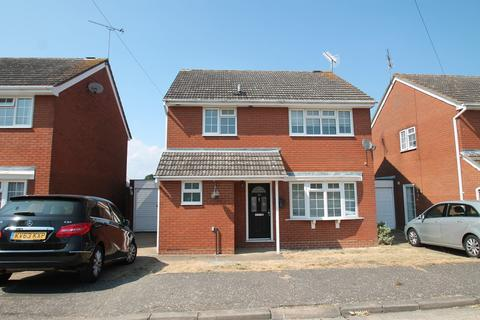 4 bedroom detached house to rent - St. Fabians Drive, Chelmsford