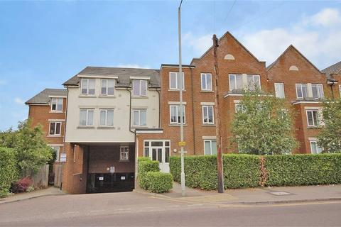 2 bedroom flat for sale - Walsworth Road, Hitchin, Hertfordshire