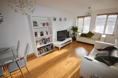 2 bedroom apartment for sale - 65 Walsworth Road, Hitchin, SG4