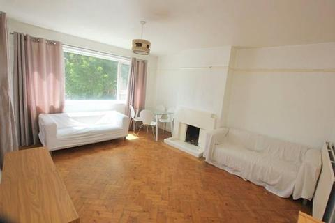 2 bedroom flat to rent - Rosebery Gardens, Crouch End, N8