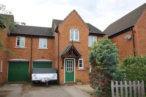 3 bedroom semi-detached house for sale - Winwood Close, Deanshanger, Milton Keynes