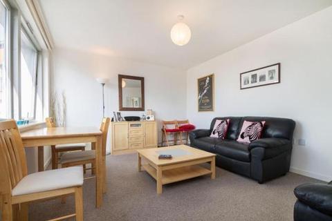 1 bedroom flat to rent - Blackwall Way, London