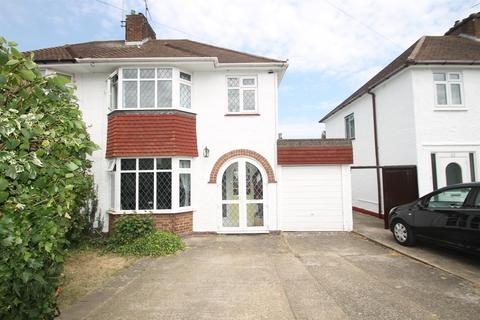 3 bedroom semi-detached house for sale - Elm Grove, Maidstone