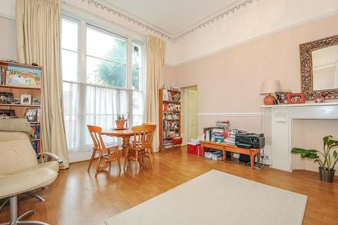 Studio to rent - 4 Pembridge Villas, London W11 2SU