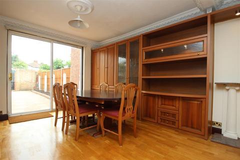 4 bedroom terraced house to rent - Turner Road Edgware HA8