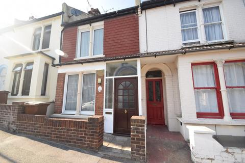 3 bedroom terraced house for sale - Castle Avenue, Rochester, ME1