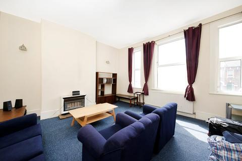 4 bedroom flat to rent - Brockley Road, London, SE4