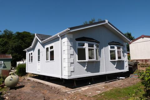 2 bedroom mobile home for sale - Breach Barns Lane, Waltham Abbey