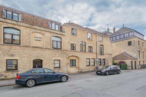 2 bedroom apartment to rent - Caxton Court, Grove Street, Bath