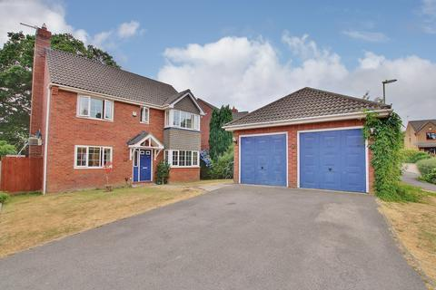 6 bedroom detached house for sale - ROWNHAMS
