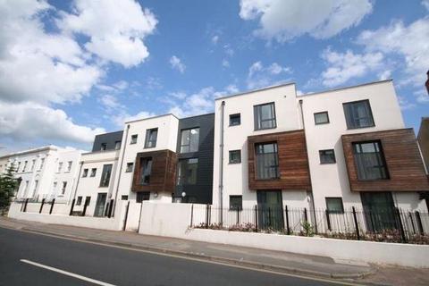 3 bedroom apartment to rent - Sidney Lodge, Cheltenham