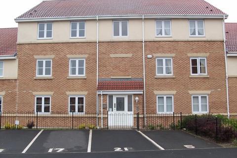 2 bedroom flat to rent - Hatherlow Court, Chew Moor Lane, Westhoughton, BL5 3ZF