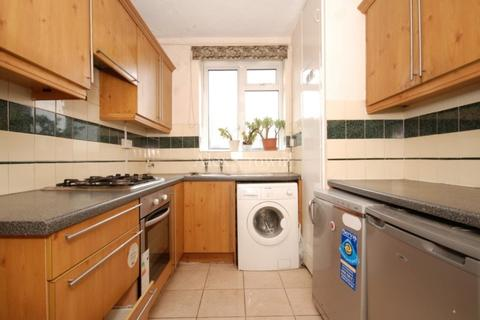 2 bedroom flat to rent - St Oswalds Place, Vauxhall
