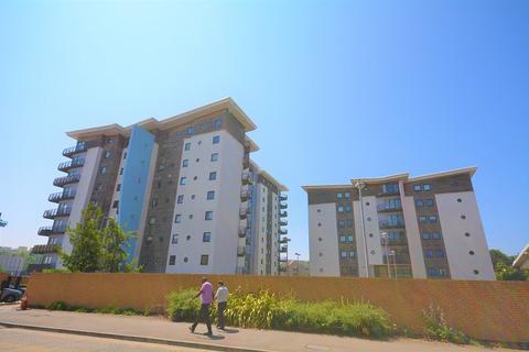 1 bedroom flat for sale - Alexandria, Victoria Wharf, Cardiff Bay, Cardiff. CF11