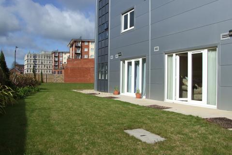 Ground floor flat to rent - CITY CENTRE