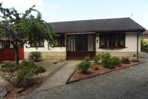 3 bedroom detached bungalow for sale - Valley View, Talbot Village, Poole