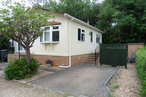 2 bedroom property for sale - Wimborne Road, Bournemouth