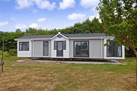 2 bedroom park home for sale - Maidstone Road, Paddock Wood, Tonbridge, Kent