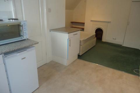 Studio to rent - Tff, Southwood Lane, Highgate, N6