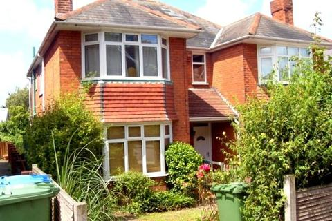 3 bedroom semi-detached house to rent - St Catherines Road, Bitterne Park