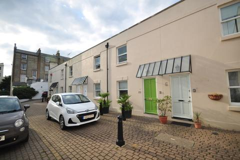 2 bedroom terraced house to rent - Ivy Place Hove BN3