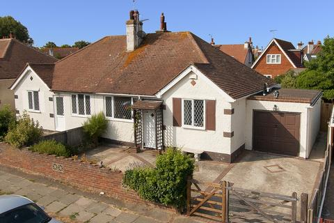 2 bedroom semi-detached bungalow for sale - Carlton Hill, Herne Bay, Kent