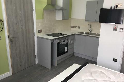 Studio to rent - Colum Road, Cathays, CF10 3EE