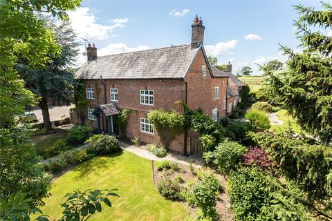 6 bedroom detached house for sale - Wet Lane, Tilston, SY14