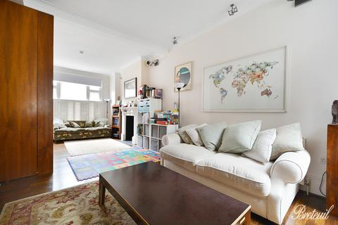 4 bedroom terraced house to rent - Peterborough Road, London, SW6