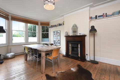 4 bedroom house to rent - Tetherdown Muswell Hill N10