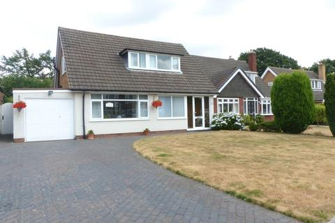 3 bedroom bungalow for sale - Redlands Way, Streetly.