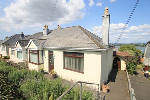 2 bedroom detached bungalow for sale - Hillside Avenue, Saltash