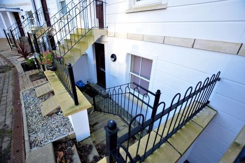 1 bedroom apartment to rent - 54 Royffe Way, Bodmin