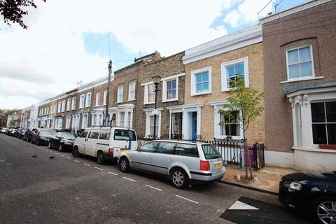 4 bedroom terraced house to rent - Ellesmere Road, London E3