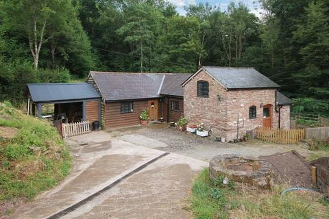 3 bedroom equestrian facility for sale - Nr Clifton-upon-Teme