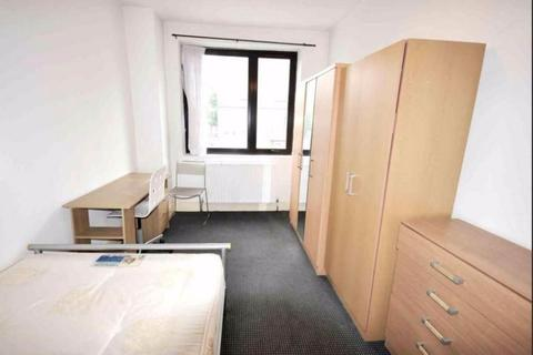 1 bedroom house share to rent - Room 1, Westferry Road, E14
