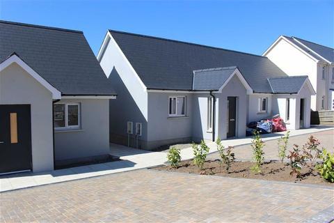 2 bedroom semi-detached bungalow for sale - Grove Street, Pennar, Pembroke Dock