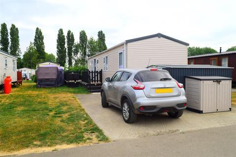3 bedroom park home for sale - Mallard Pastures, Billing Aquadrome, Northampton
