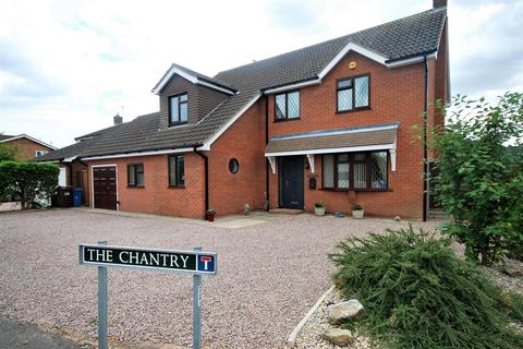 4 bedroom detached house for sale - The Chantry, Spalding